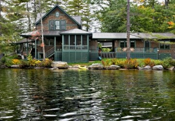 16 Peaceful Lake Houses for Perfect Vacation - Relaxing, relaxation, peaceful houses, peaceful, lake houses, lake house, architecture