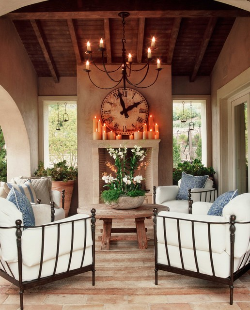 16 Outstanding Outdoor Living Rooms You Must See