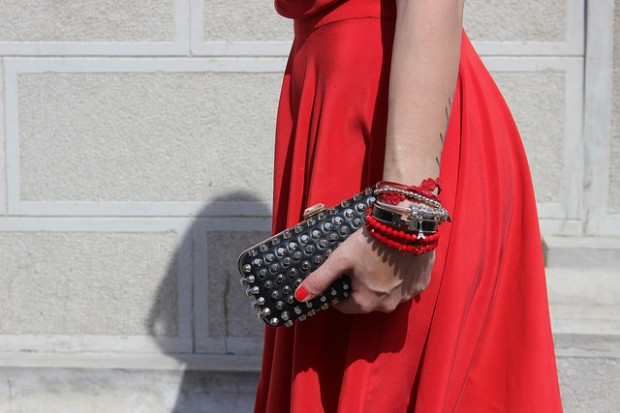 16 Stunning Bracelets for Complete Look