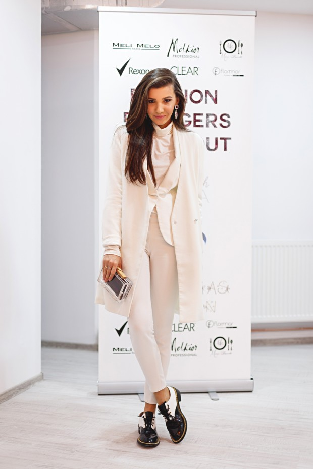 17 Chic All White Outfit Ideas
