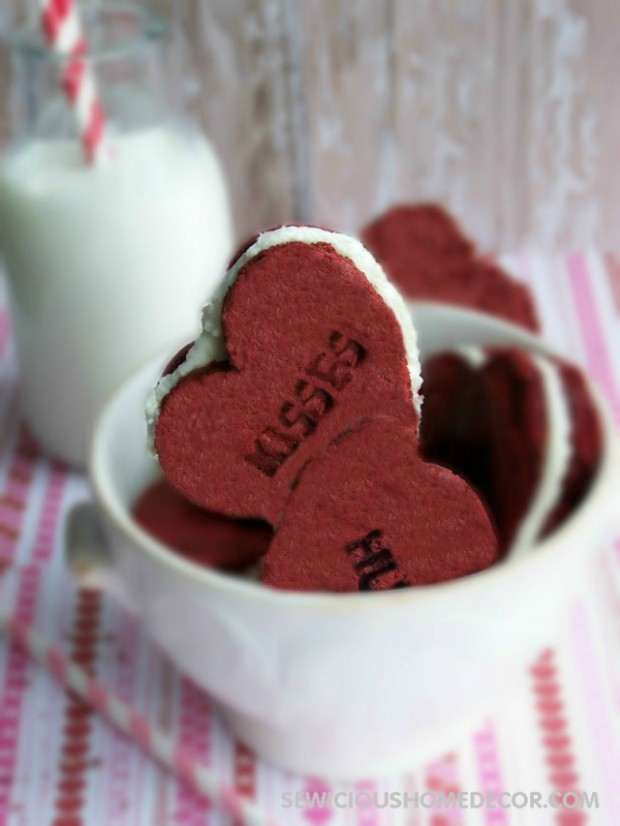 15 Adorable Heart Shaped Desserts for Valentine's Day