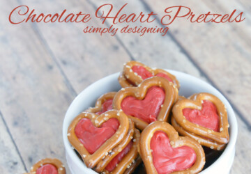 15 Adorable Heart Shaped Desserts for Valentine's Day - Valentine's day recipes, Valentine's day desserts, Valentine's day cookies, heart shaped desserts, heart