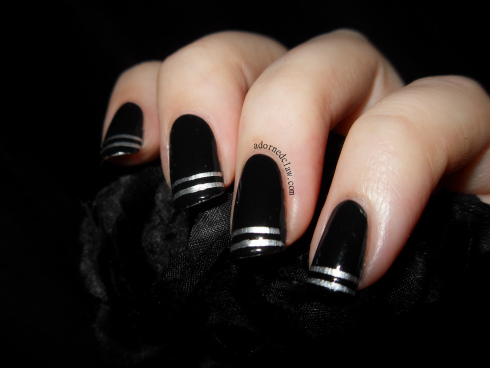 Nail-Art-Ideas-with-Stripes-26-Adorable-and-Creative-Nail-Designs-10