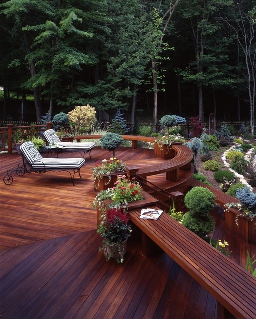 20 landscaping deck design ideas for small backyards for Decking for back garden