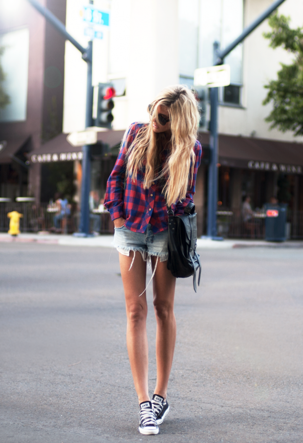 What to Wear to a Music Festival   Tips + 20 Outfit Ideas