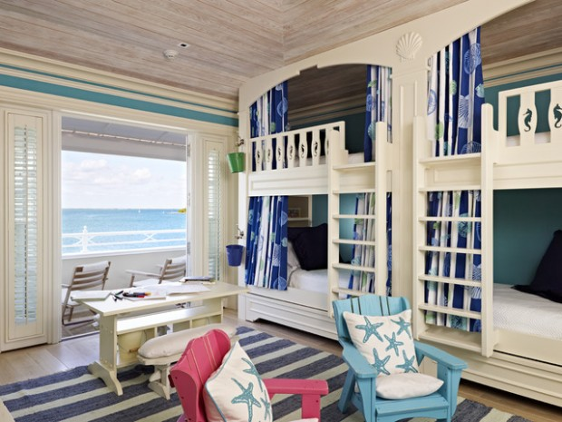 22 Breathtaking Oceanfront Living Rooms