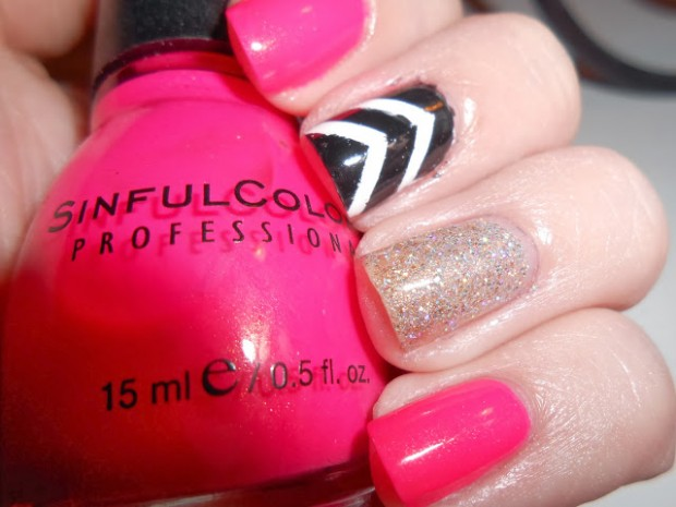 Chevrons-Nail-Designs-in-18-Beautiful-and-Elegant-Ideas-5
