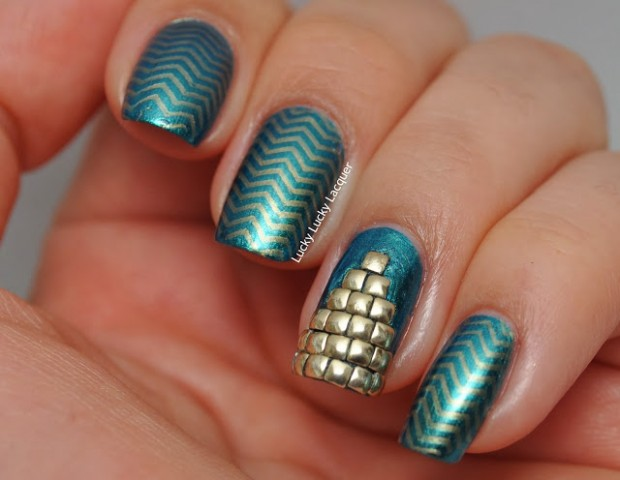 Chevrons-Nail-Designs-in-18-Beautiful-and-Elegant-Ideas-8