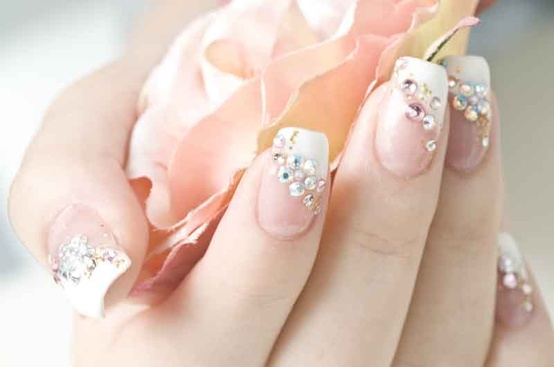 Romantic Wedding Nail Designs – 18 Elegant Nail Art Ideas for Brides - Romantic Wedding Nail Designs – 18 Elegant Nail Art Ideas For