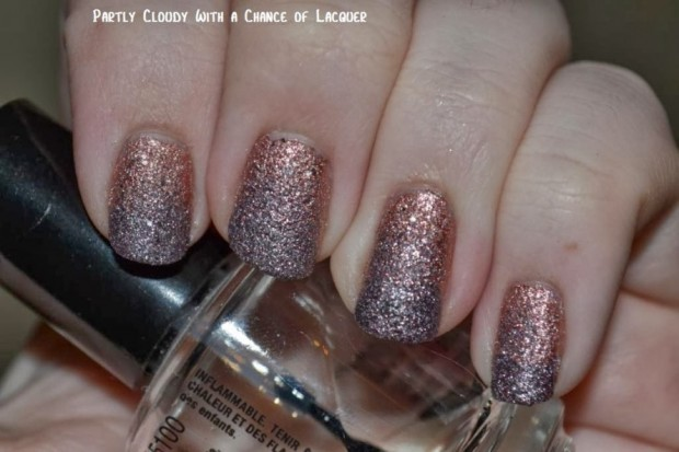 16 Sparkle Nail Art Ideas for Dramatic Nails Look