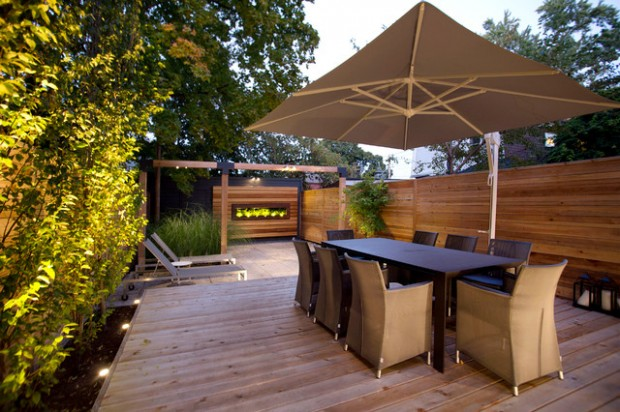 Wooden Fence for Cozy Look in Your Backyard  18 Great Ideas