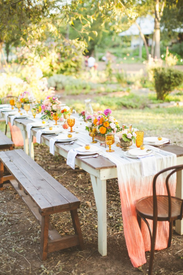 16 Floral Table Decorations For Perfect Summer Wedding