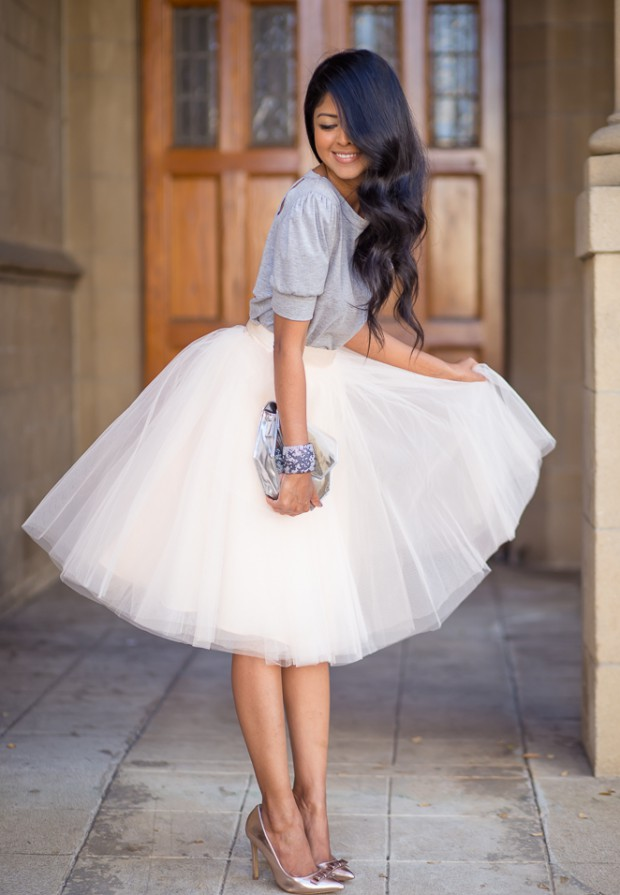 16 Outfit Ideas With White Skirt