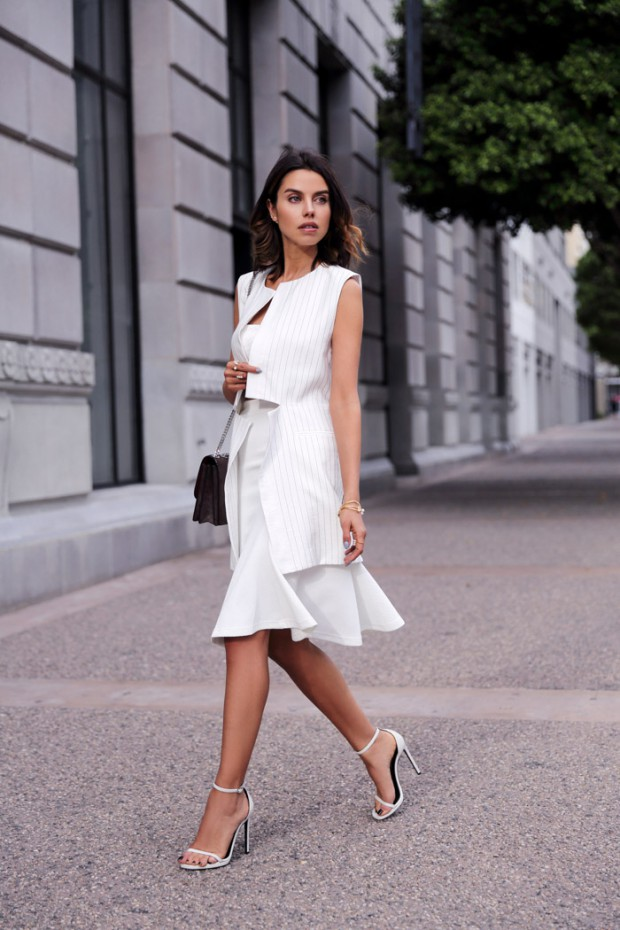 16 Outfit Ideas With White Skirt - Style Motivation
