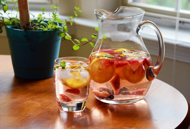 16 Great Detox Water Recipes To Cleanse Your Body And Burn