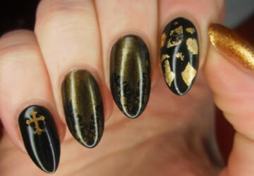 16 Gorgeous Golden Nail art Ideas - nail design, nail art ideas, golden nail art, gold nails