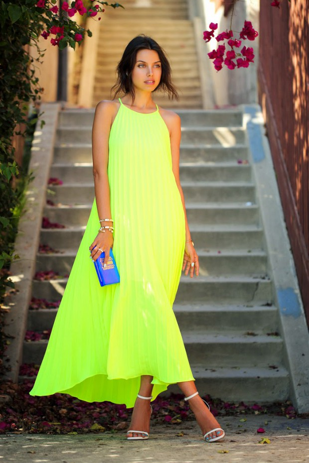 Style Tips + 19 Gorgeous Maxi Dress Outfit Ideas
