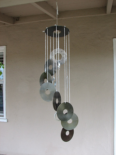 15 Creative DIY Ideas How To Recycle Old CDs