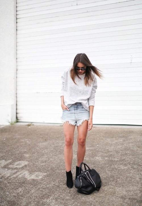Style Tips How To Wear Cutoffs This Summer + 15 Outfit Ideas