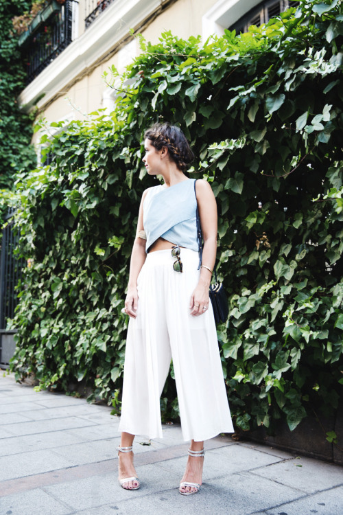 Hot Fashion Trend: 22 Stylish Ways to Wear the New Harem Pants