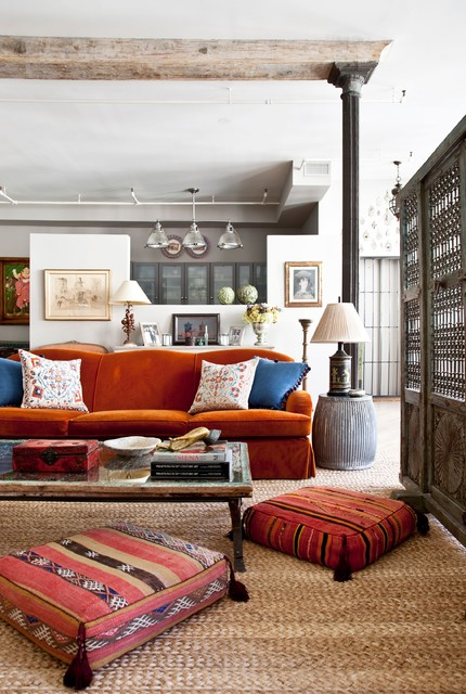 Creative and Practical: 16 Living Room Decorating Ideas With Floor Cushions