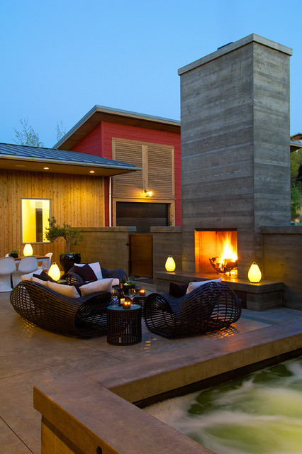 19 Romantic Outdoor Lightening Ideas