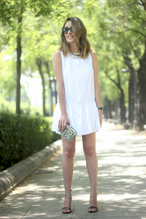 Impeccable Summer Look: 15 Elegant Sleeveless Outfit Ideas