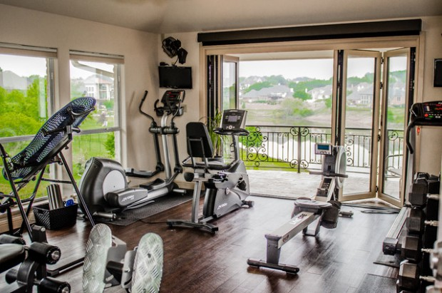 traditional-home-gym (1)
