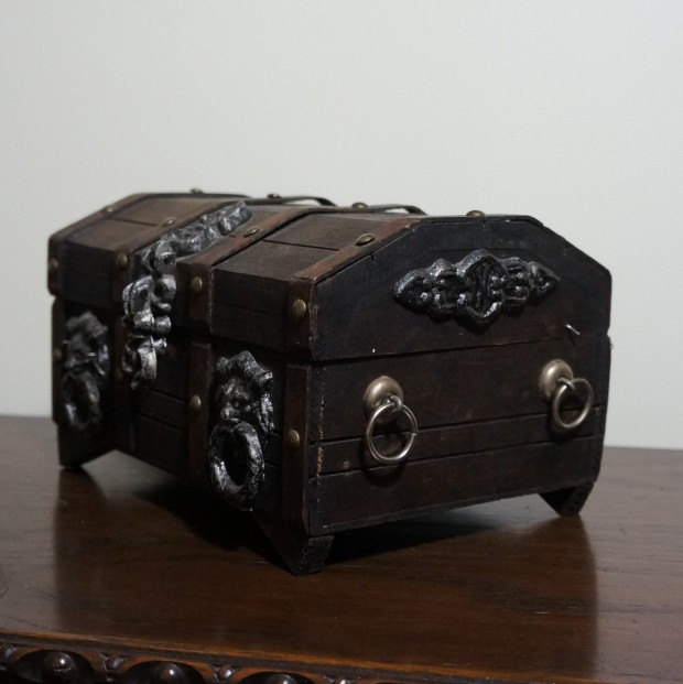 16 Unique Handmade Jewelry Boxes For Elegant Jewelry Storage And Display (6)