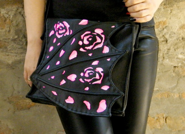 17 Unbelievably Awesome Handmade Crossbody Bags You'll Love (7)