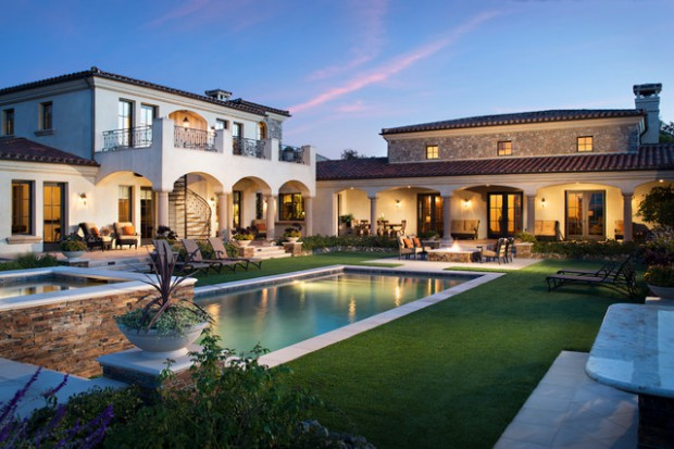18 Extremely Luxury Mediterranean Home Designs That Will Make You Insta-Jeallous (1)
