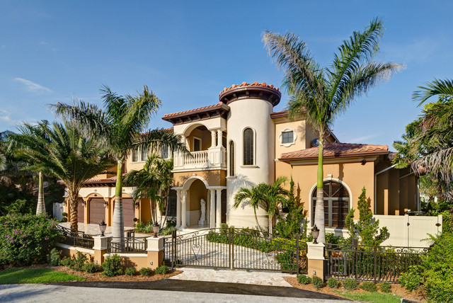 18 extremely luxury mediterranean home designs that will for Mediterranean home plans with photos
