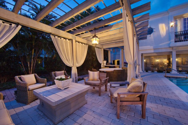 A Piece Of Heaven In Your Backyard: 17 Pergola Curtain Decorating Ideas