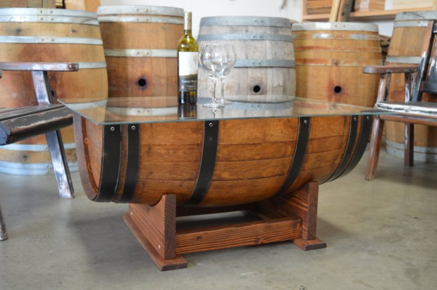 23 Genius Ideas To Repurpose Old Wine Barrels Into Cool Things (16)