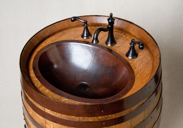 23 Genius Ideas To Repurpose Old Wine Barrels Into Cool Things (18)