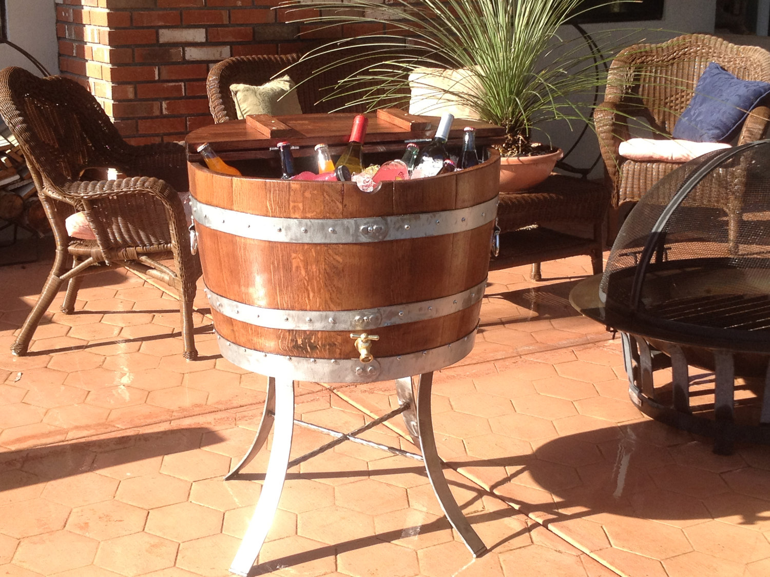 23 Genius Ideas To Repurpose Old Wine Barrels Into Cool
