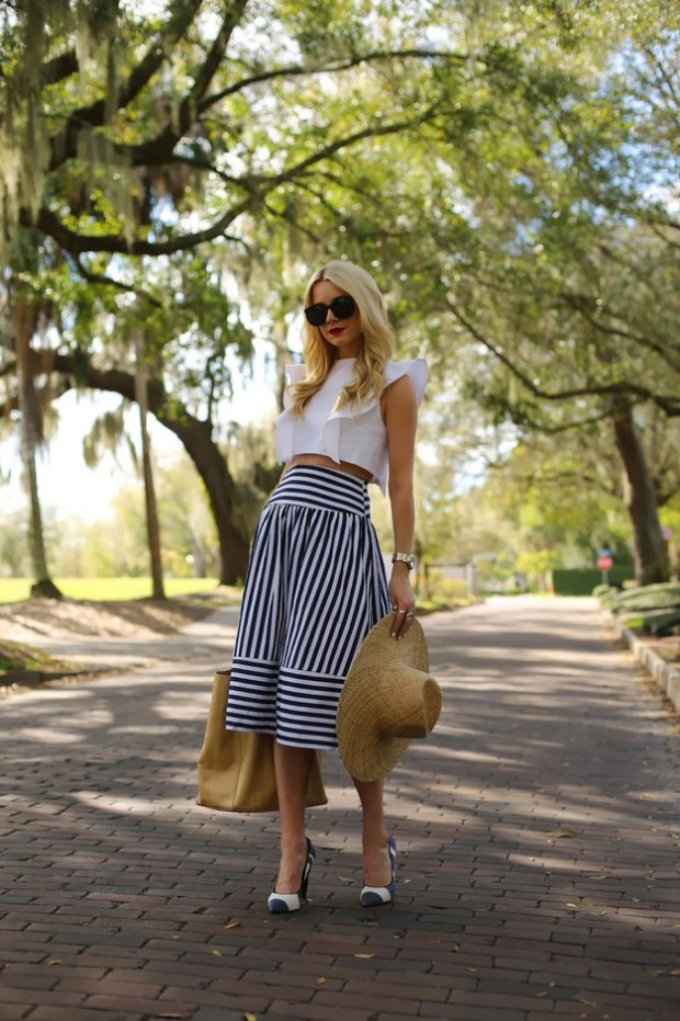 17 Classy and Chic Midi Skirt Outfit Ideas
