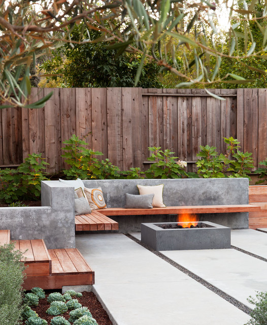 20 Outstanding Backyard Patio Design Ideas in Contemporary Style