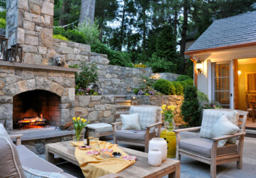20 Cozy Outdoor Sitting Spaces Design Ideas - outdoor space, outdoor sofa, outdoor seating, outdoor living, cozy backyard