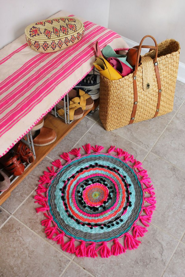 Shoes Off: 17 Creative DIY Rug Tutorials You Will Love