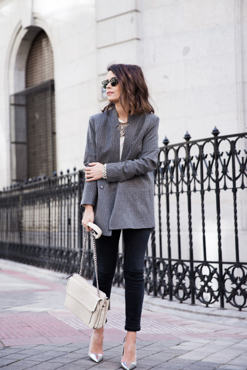 Get Ready For Fall: 19 Classy Blazer Outfit Ideas