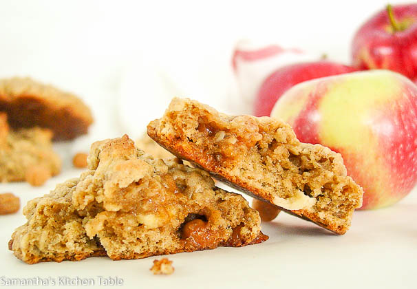 apple caramel oatmeal cookies-8