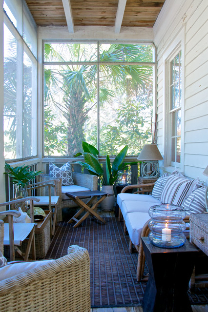 22 Amazing Decorating Ideas for Cozy Fall Porch
