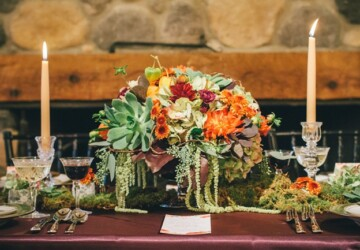 15 Incredible Fall Wedding Floral Table Arrangements - wedding table, wedding decor, floral wedding decor, floral arrangement, fall wedding theme, fall wedding, fall floral wedding decor