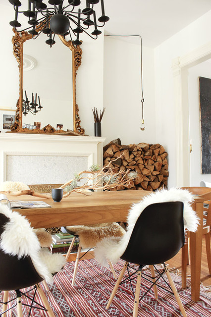 20 Ways to use Sheepskin for Cozy Fall Home Décor (15)
