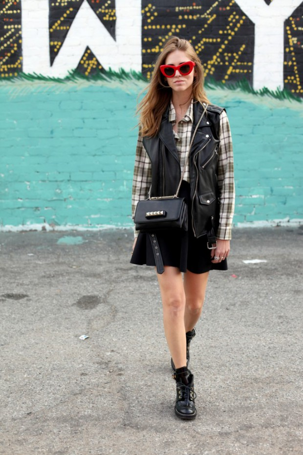 Plaid Cool! 20 Cozy Outfit Ideas With Plaid Shirt