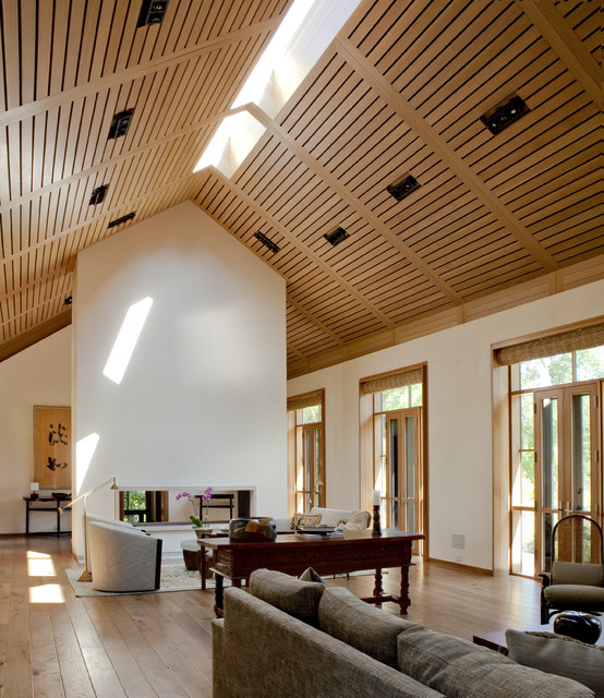 19 stunning wood ceiling design ideas to spice up your living room style mo - Plafond cathedrale decoration ...