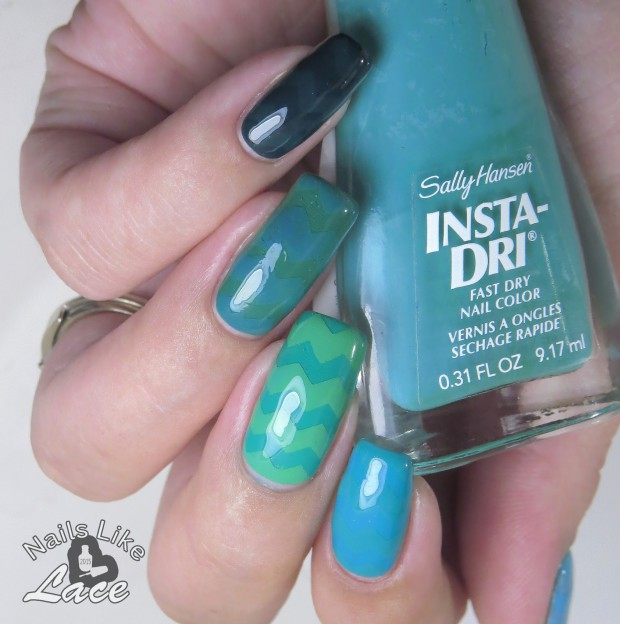 18 Creative and Unique Teal Nail Art Ideas