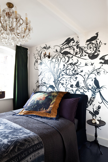 Embellish Your Space With Wall Decals: 21 Decorating Ideas