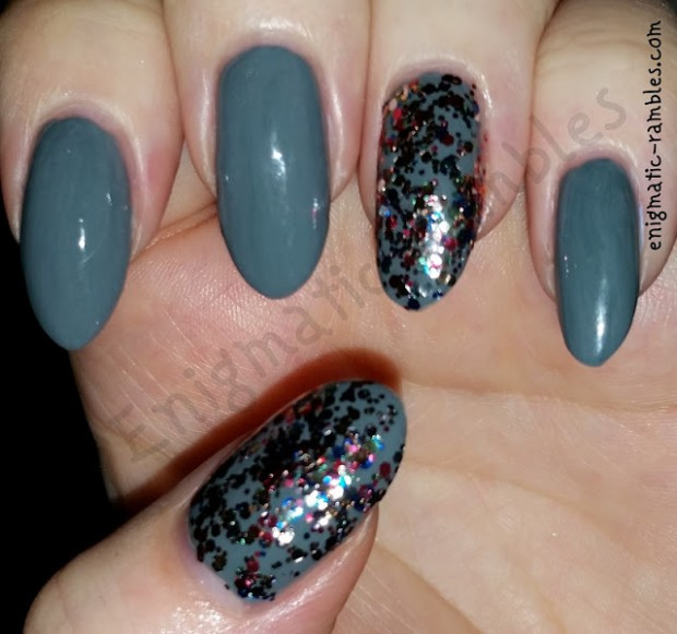 21 Amazing Grey Nail Art Ides Perfect for Fall/Winter Season